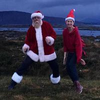 Lucy & Bob Do A Christmas Show