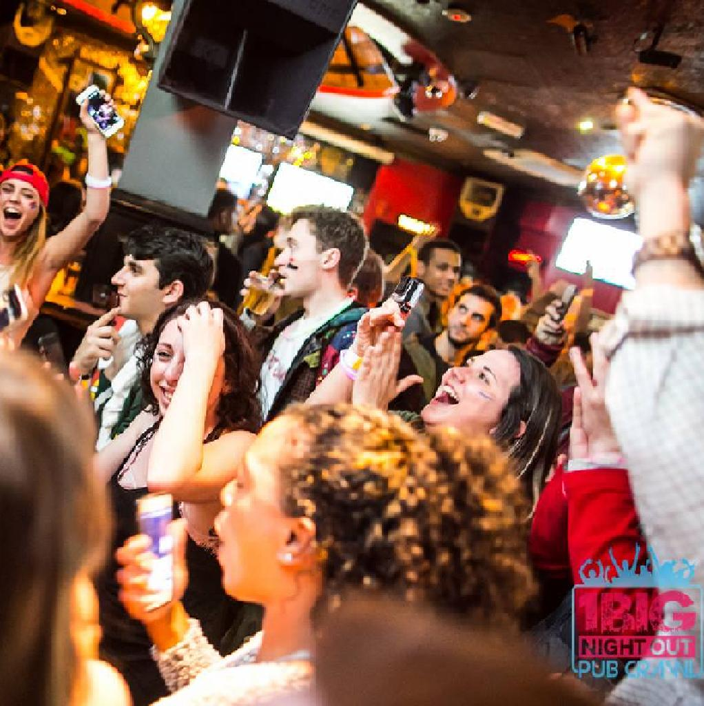 1 Big Night Out Pub Crawl - The UK's Biggest Daily Bar Crawl