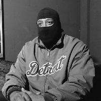 Red Bull Presents Signals 002 - DJ Bone/DJ Stingray/Paranoid LDN