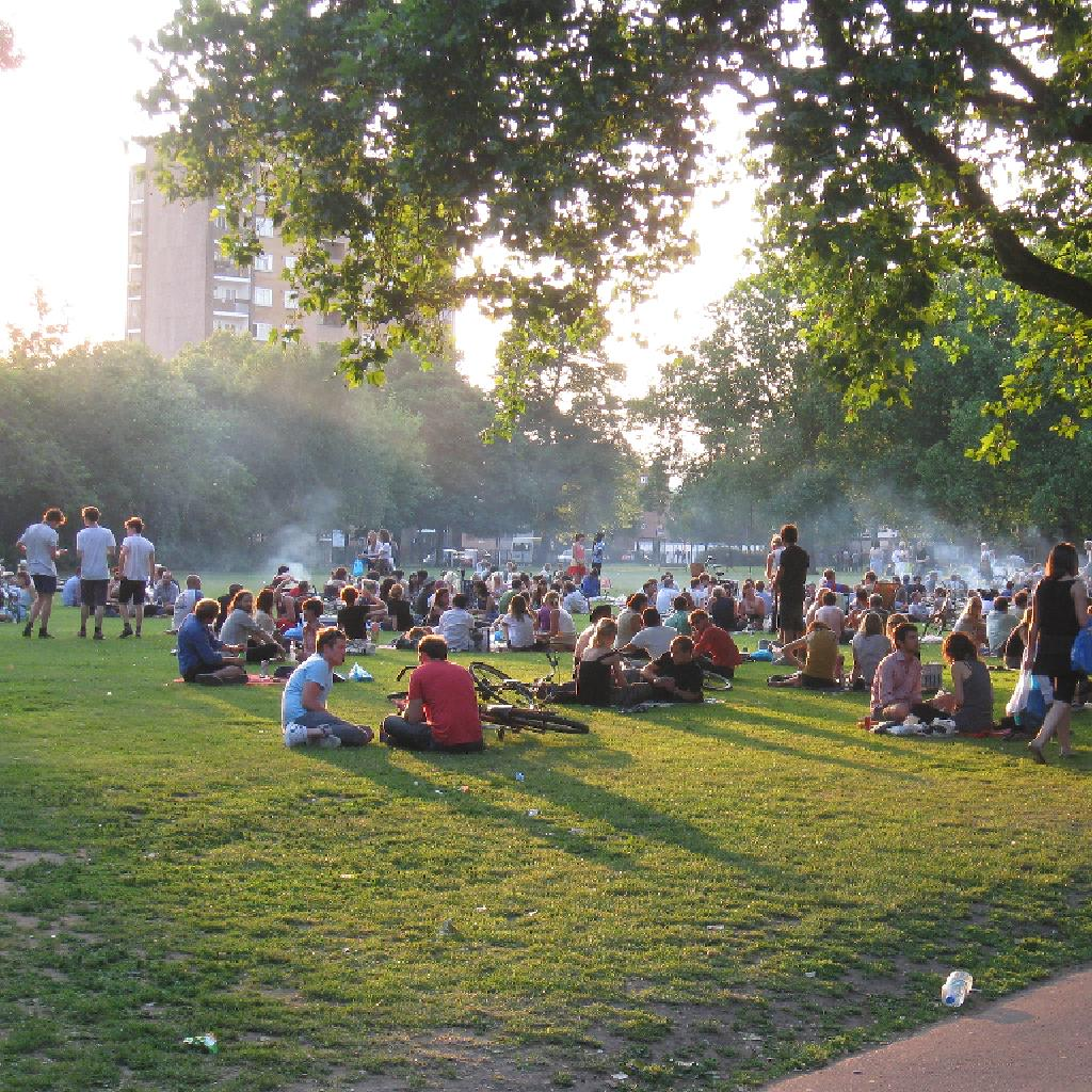 Zipcar to host free summer picnic in the park at London Fields ...