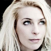 Trapdoor Comedy presents Sara Pascoe