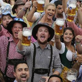 Oktoberfest Comes to Cardiff!
