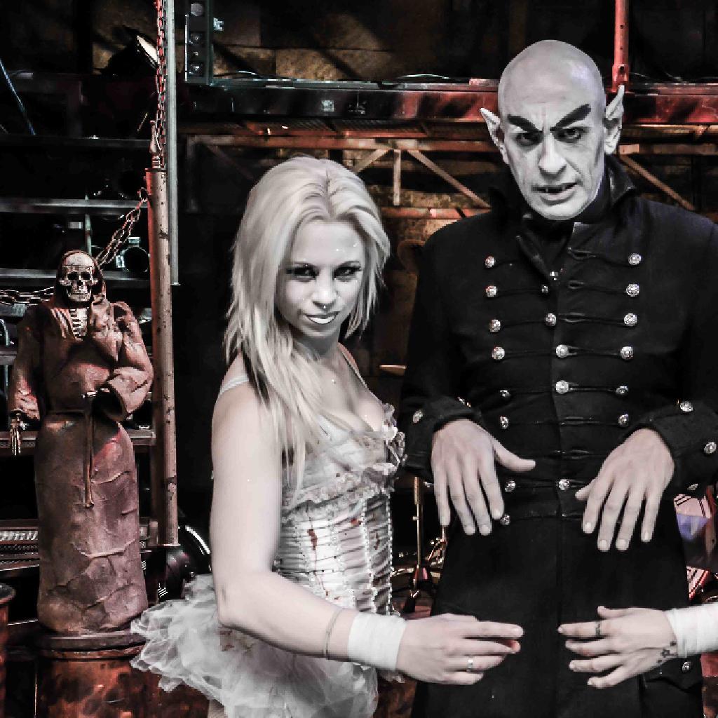 circus of Horrors Slice girls