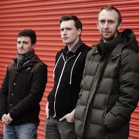Kevin Mackenzie with Swing Trio