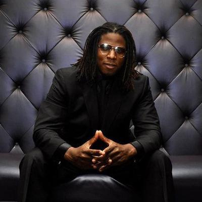 Neo soul singer Carmichael Musiclover   Hideaway Jazz Club London