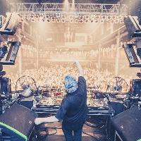 Circus Records with Flux Pavilion, Cookie Monsta, Shapes  + more