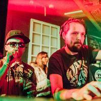 Wee Dub X  Mungo's Hi-Fi ft. Mr Williamz & Tom Spirals