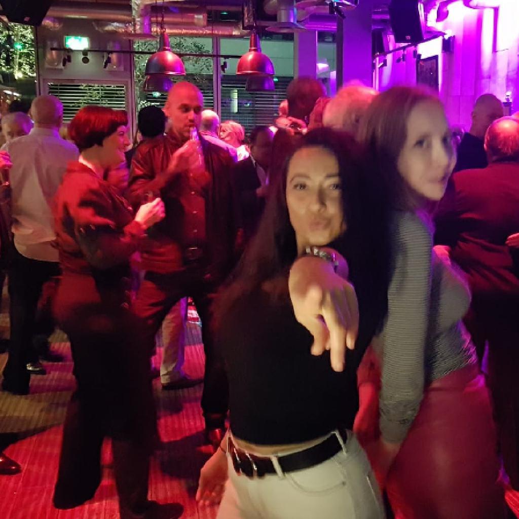 retro bar london speed dating