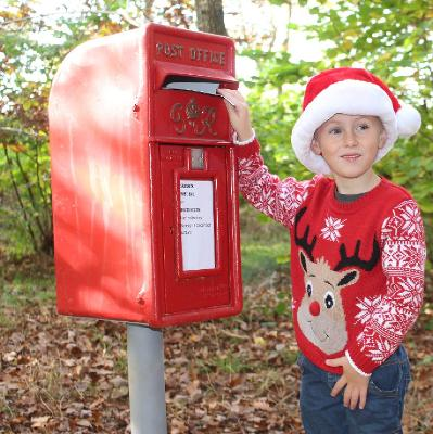 Come and write your letter to Santa at Brockholes before heading off on a winter walk to Santa's Post Box!