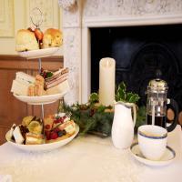 Festivi-Tea and Christmas Carols