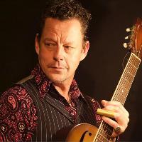 Ian Siegal (solo) in London