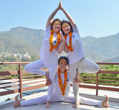 Om Shanti Om Yoga School is the best yoga school in Rishikesh offers 100 Hour, 200-hour Yoga Teacher Training Courses in Rishikesh, India.