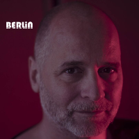 Berlin presents Tiefschwarz