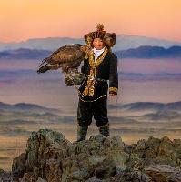 the eagle huntress (u)