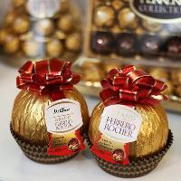 Grand Ferrero Rocher Personalisation Pop Up