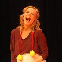 Peta Lily – Get Smart, Get Stupid: Red Nose Clown workshop