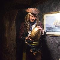 Quest for the Golden Egg at Pirate's Quest