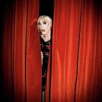 Comedy Drag Act Vivienne Lynsey Live from 8.30pm