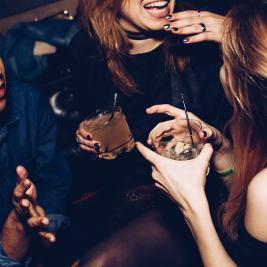 brighton pub crawl // 5 venues // free shots // discounted drinks + more!