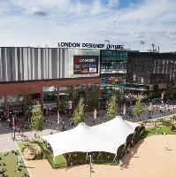 Shop to Pop at London Designer Outlet