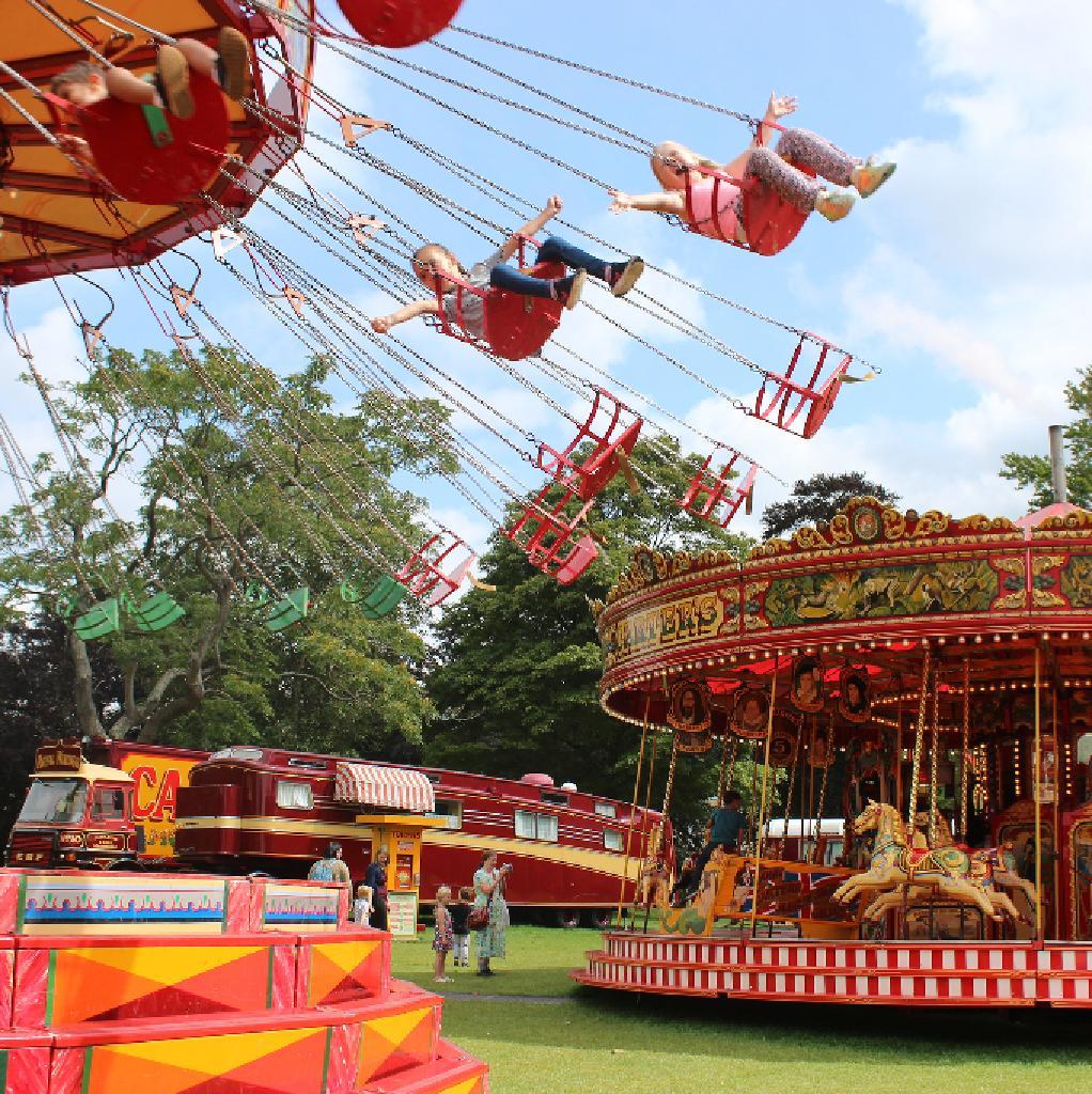 Vintage Park: Vintage Funfair In Woodley!