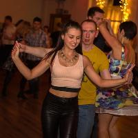 LEARN Salsa in ONE day with our beginners Salsa course