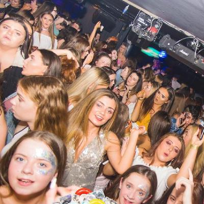 dance energy u18's: Crazy Inflatable Party