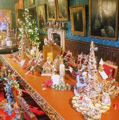 Christmas Palace.Christmas At The Palace The Bishop S Palace Wells Sun