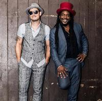 Tyber & Pete from 'The Dualers' LIVE in Maidstone