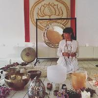 Wisdom Roundhouse : Moon Lodge : Womb Alchemy