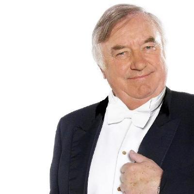 Jimmy Tarbuck OBE - Sharing 50 Years of Memories