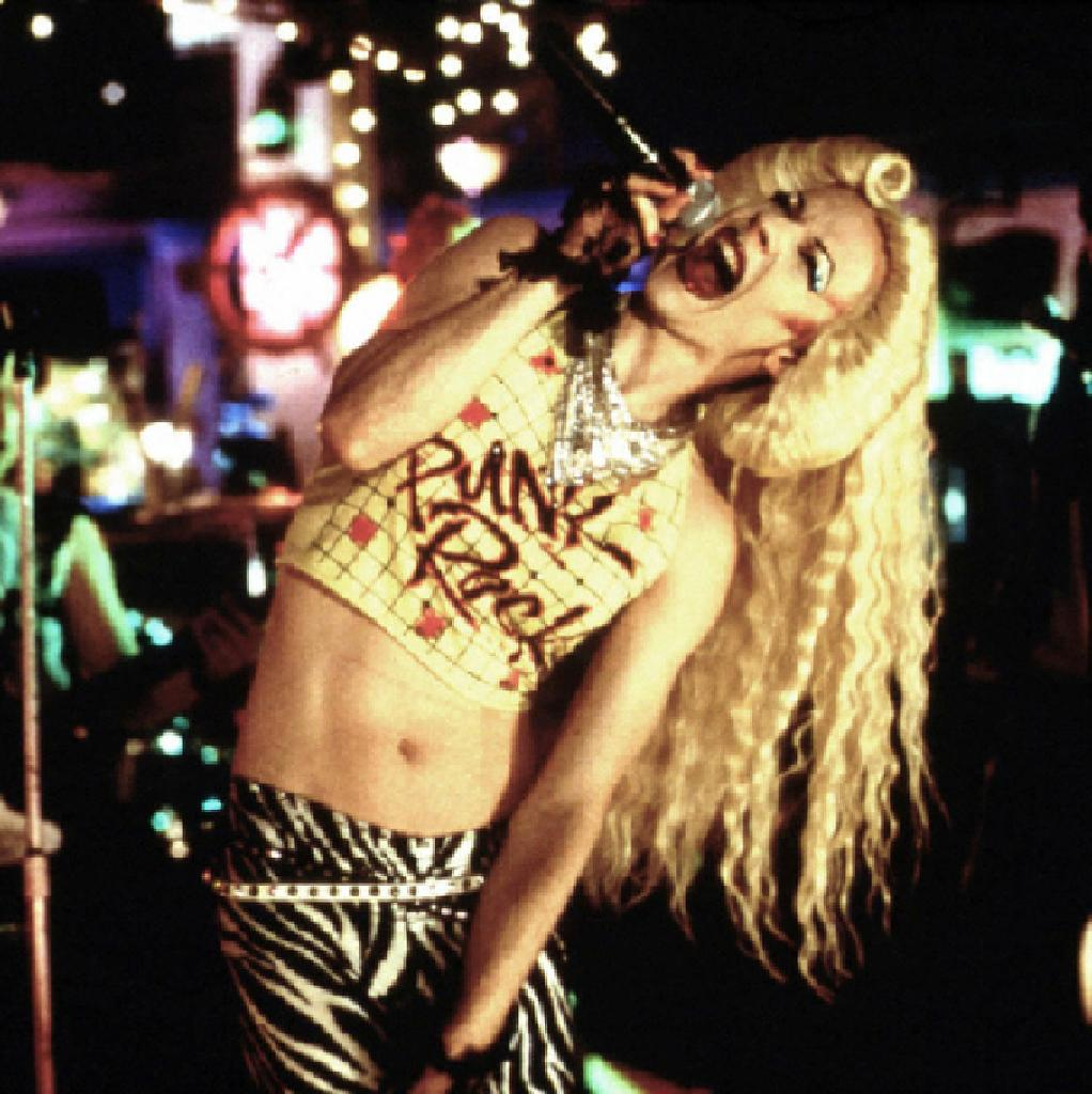 EAT ME Presents - Hedwig and the Angry Inch