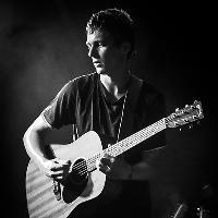 Jonny Brown (Twisted Wheel) Acoustic