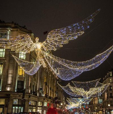 competitive price e3957 bf4b8 Regent Street Christmas Lights Switch On | Regent Street ...