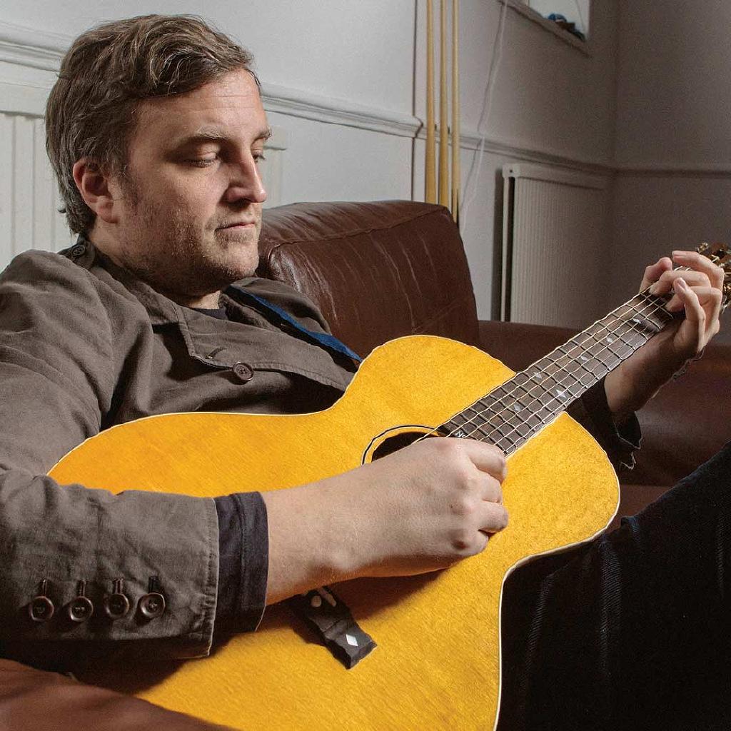 James Walsh (Starsailor) Solo acoustic