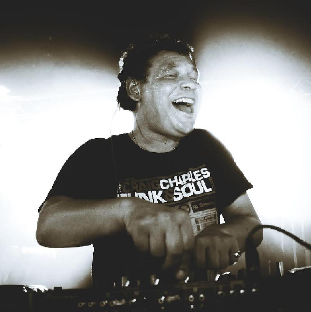 Craig charles funk soul club ft lack of afro live Where does craig charles live