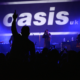 Live Forever : Oasis UK &  Laid (James) & Stipe (R.E.M)