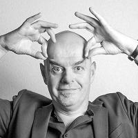 Coastal Comedy presents the incredible Paul Thorne!