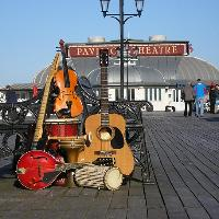 Folk on The Pier
