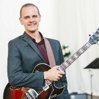 Jazz Sundays - Dave Toule