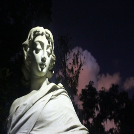 3 Nights of Halloween: Dinner and A Cemetery