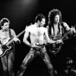 Queen + Adam Lambert | The O2 London  | Mon 7th June 2021 Lineup