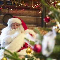 Santa Weekend. Meet Santa and take a husky sleigh ride!