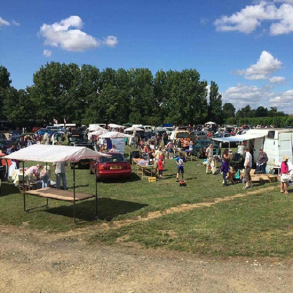 Reviews: Stonham Barns Sunday Car Boot + Griffin Truck ...