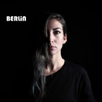 Berlin presents Juliet Fox