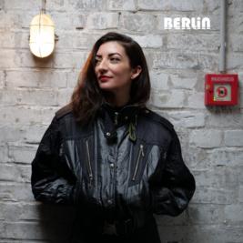 Berlin presents Juliet Fox