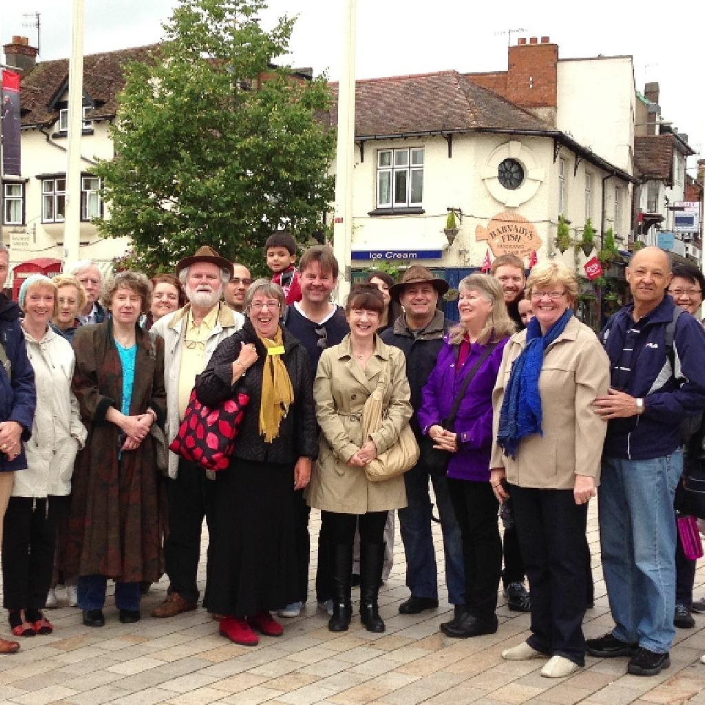 Friday guided sightseeing walk in Stratford