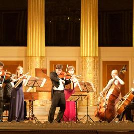 Bach Violin Concertos by Candlelight: St Martin-in-the-fields