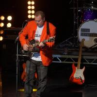 DS:UK - The ultimate Dire Straits tribute band